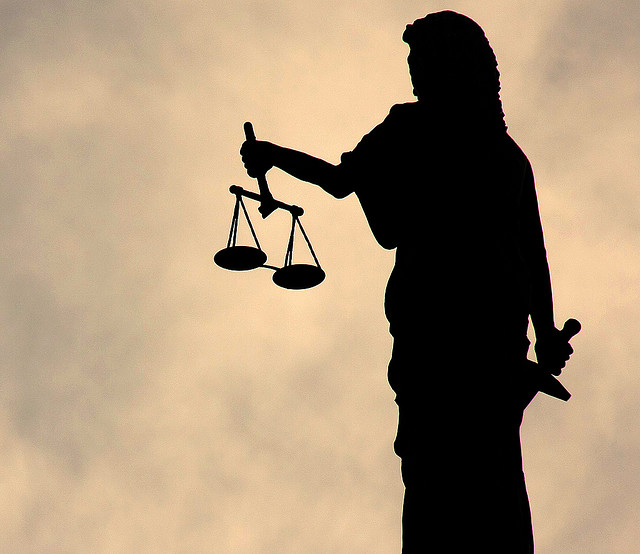 Darko Vesić: Blokada pravosuđa – šta stoji iza pobune advokata?