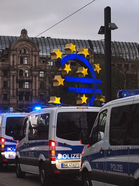 Stipe Ćurković: Europa, kapital, demokracija