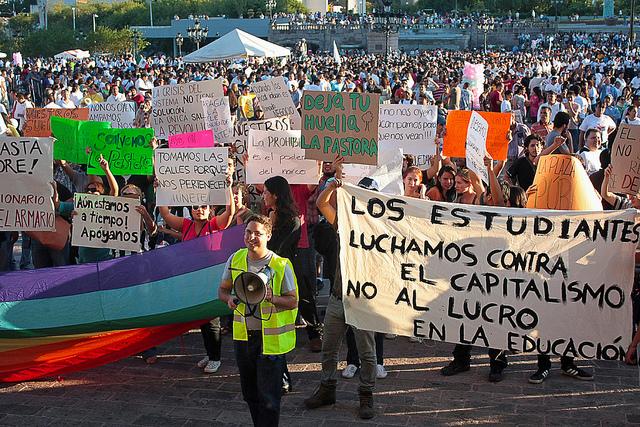 Protest indignadosa 15. oktobar 2011, Monterej, Meksiko