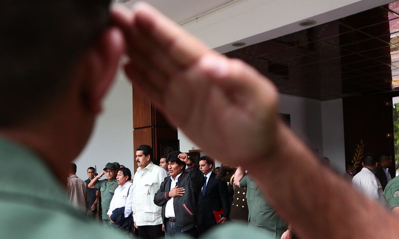 Joakim Beker: Povratak vojske u Latinskoj Americi