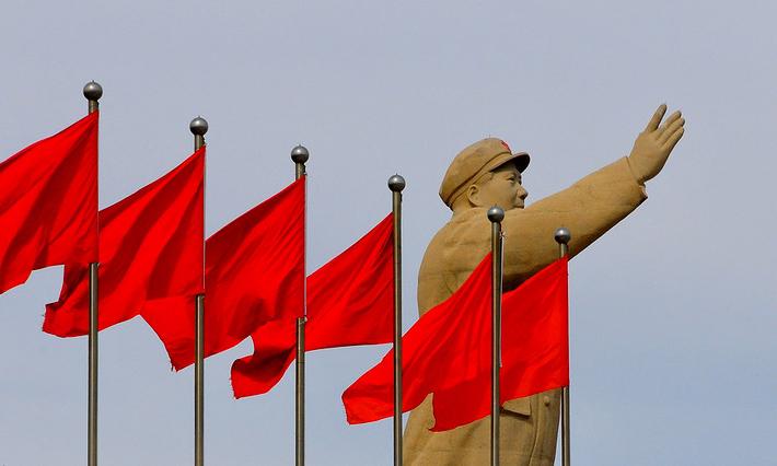 Ričard Smit: Zašto Kina nije kapitalistička (uprkos roze Ferarijima)